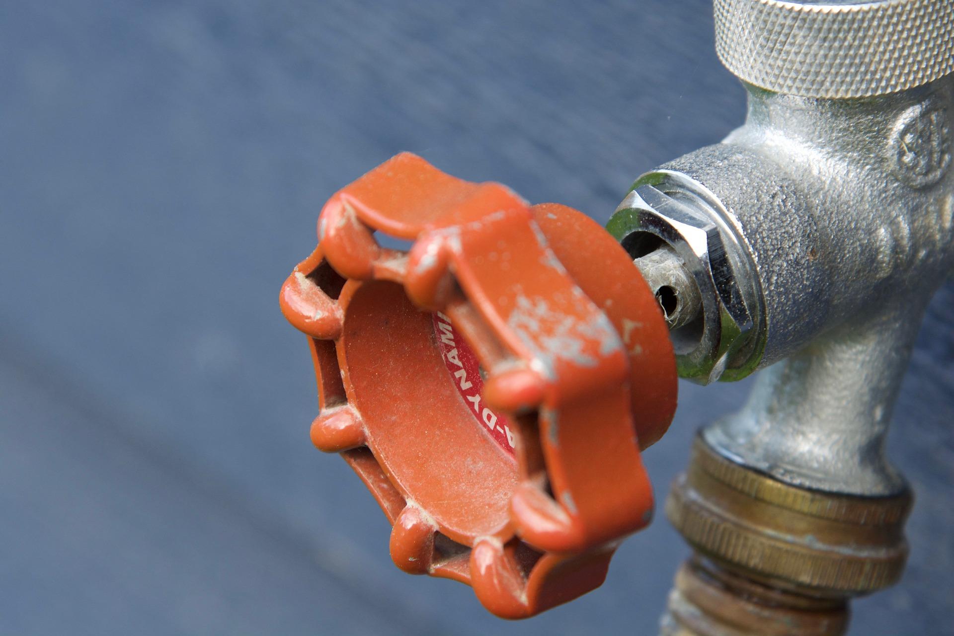 pipe 2445176 1920 - Batıkent Su Tesisatı Servisi